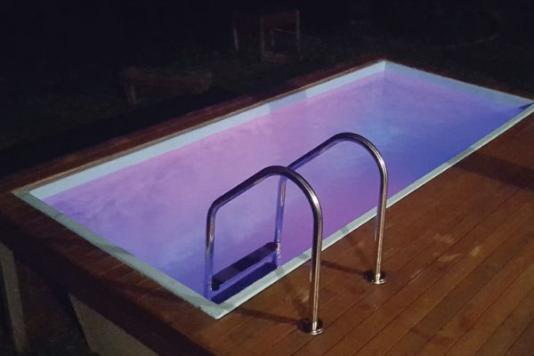skip-pools-australia-plunge-pool-sunshine-coast-swimming-pools-lights