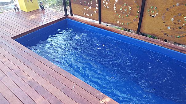 skip plunge pool central blue