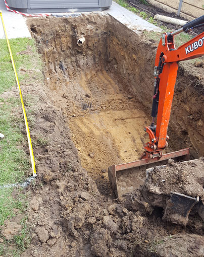 digging hole for skip pool