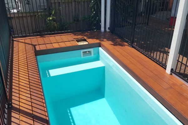 skip-pools-australia-plunge-pool-sunshine-coast-swimming-pool-inground-decking-aluminium-pool-fence